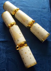 Christmas cracker assembly